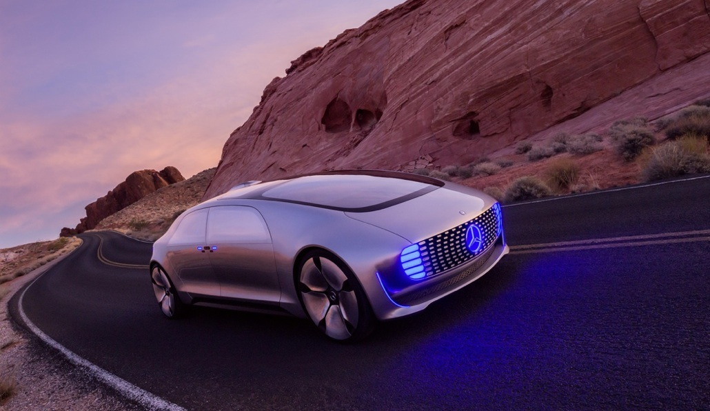 The Mercedes-Benz F 015 Is Self-Driven Luxury