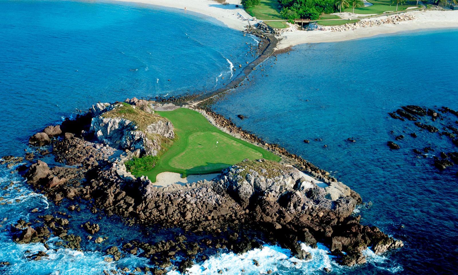 Punta Mita Gourmet & Golf Classic hosted by The St. Regis Punta Mita