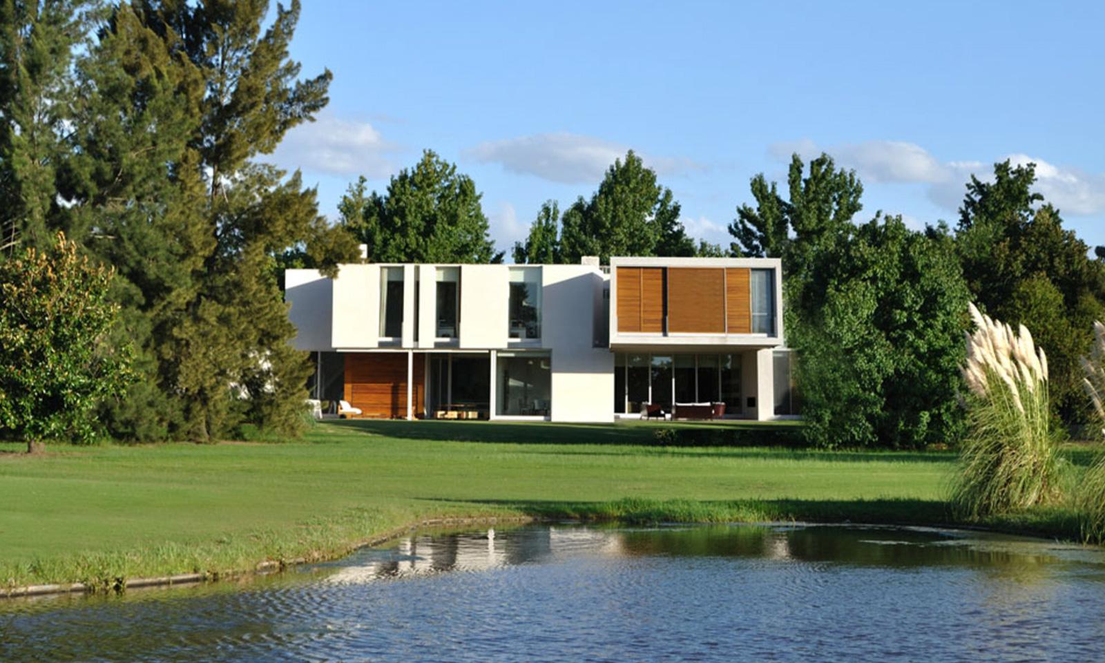 Casa As by Architect Alric Galindez