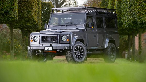 Land Rover Defender by Arkonik