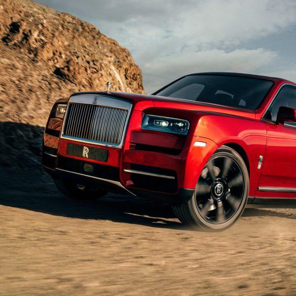Drive The Rolls Royce of SUVs Arrives 2