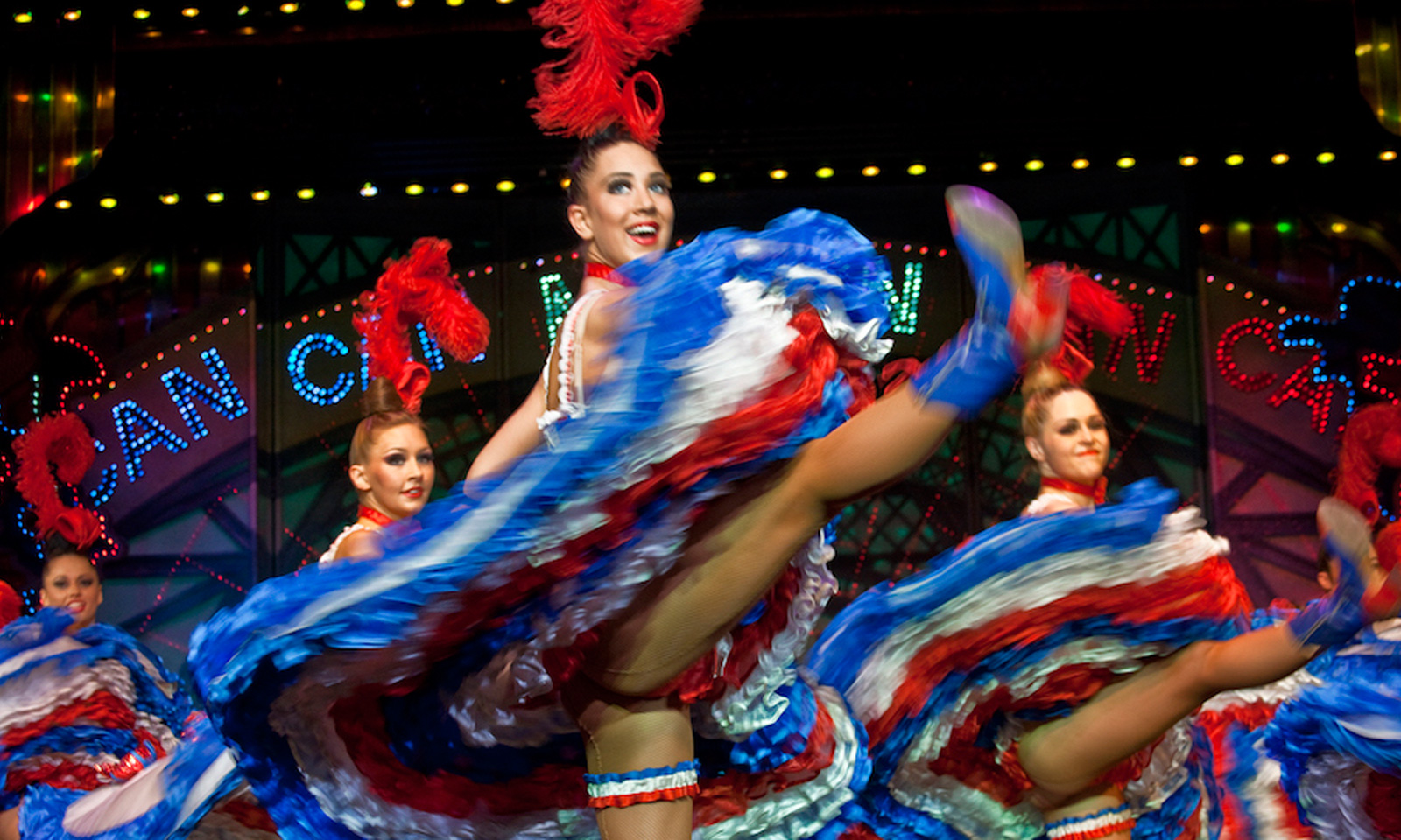The fascinating Moulin Rouge dancers take center stage at the 2018 Ryder Cup in France.