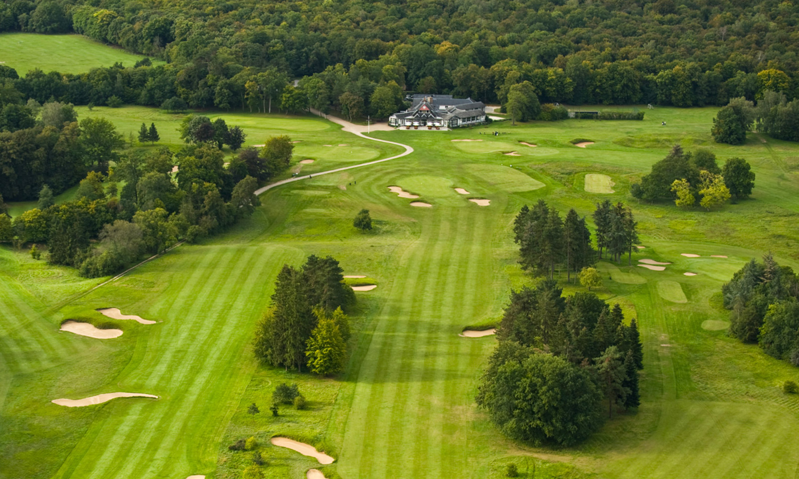 Ryder-Cup-4-Great-Places-To-Golf-Around-Paris-Golf-de-Chantilly