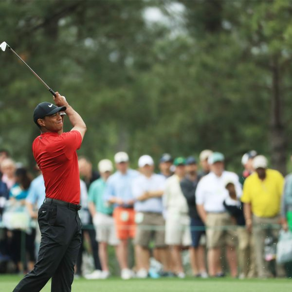 Tiger Woods Leapfrogs to No. 13 header