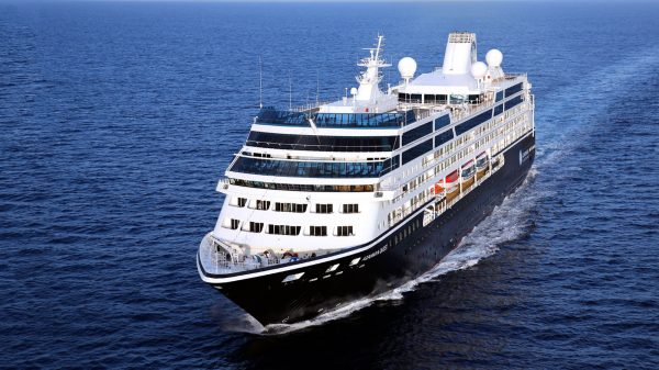 Azamara Cruise Line and Perry Golf